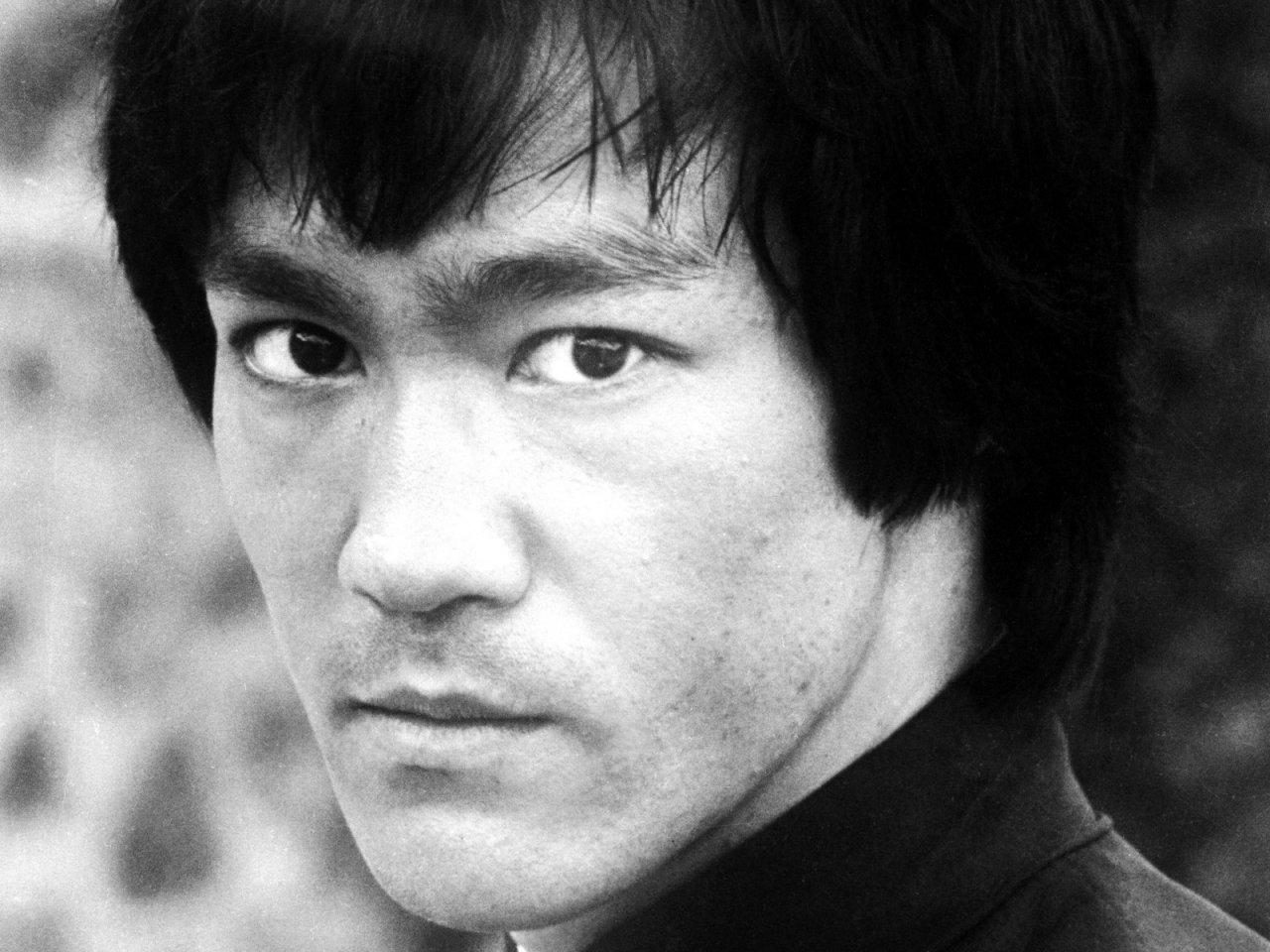 Bruce Lee, la leyenda de las artes marciales, lleno de sorpresas.